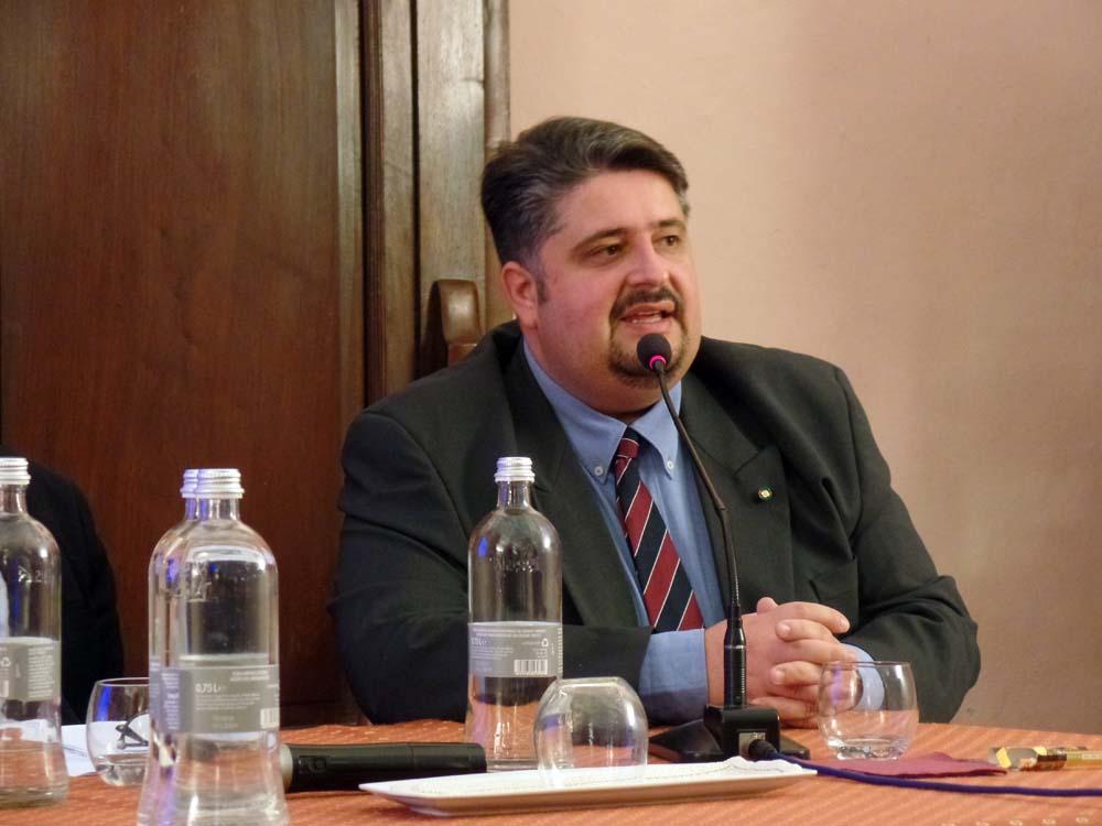 Il Cav. Alessandro Mella, Presidente dell'Associazione di studi storici Giovanni Giolitti, conclude la giornata di lavori.